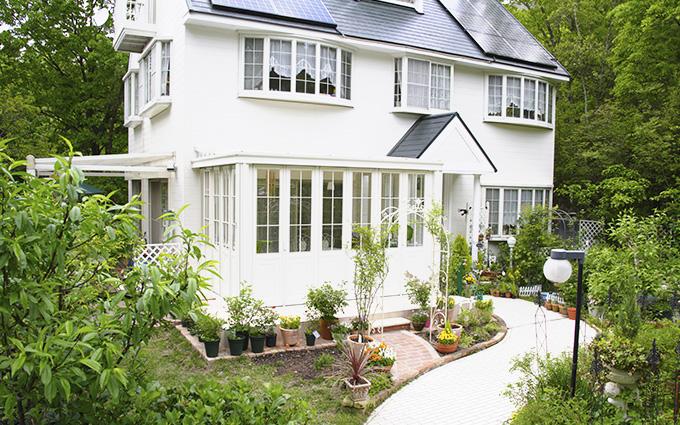 別荘は屋根・外壁塗装って必要?長持ちさせるための3つの秘訣