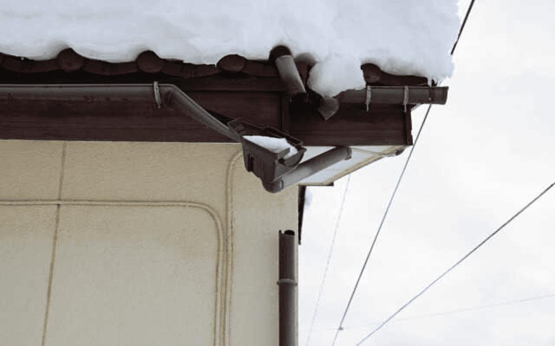 強風や積雪などによって修理が発生する
