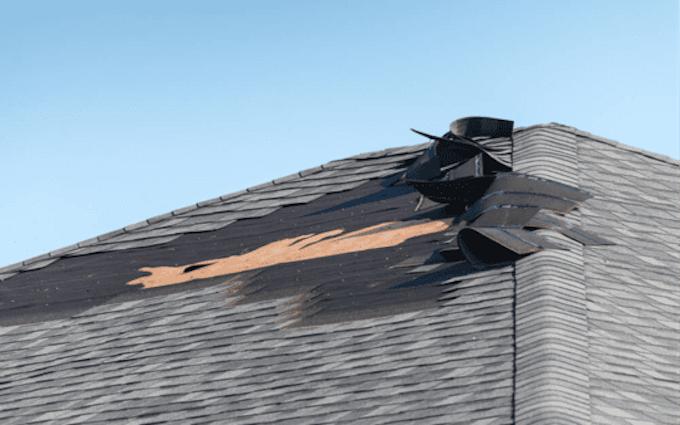 雨漏り修理で火災保険の「風災」認定を受けるにはどうしたら?