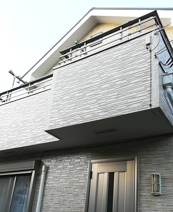 横浜市 – 築10年2階戸建て外壁・屋根塗装【No.230】