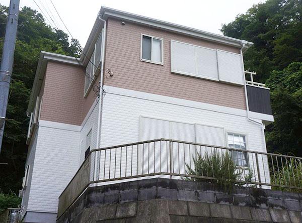 鎌倉市 -築12年30坪2階戸建て初めてのサイディング外壁・コロニアル屋根塗装工事【No.295】