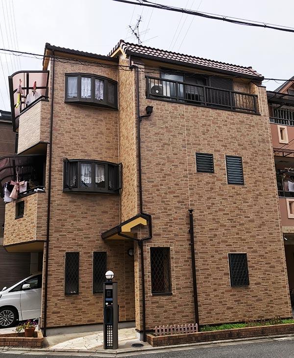 門真市 -築16年33.81坪3階戸建て初めてのサイディング外壁・瓦屋根塗装工事【No.300】